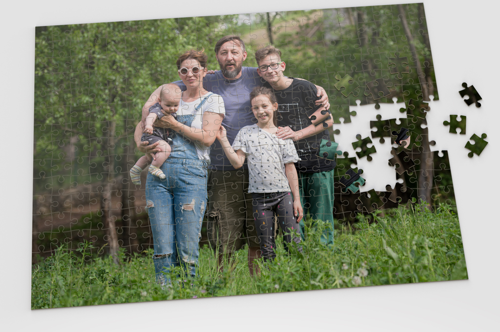 Custom jigsaw puzzles, kid size to adult size, choose how many pieces and dimensions